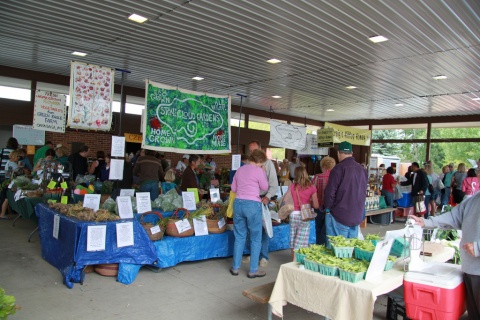Meridian Township, Michigan Farmers Market - Photo by Betsy Weber (CC by 2.0)