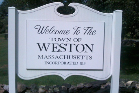 Welcome to Weston, Massachusetts sign - Photo by Larry Lawfer (CC BY-NC-SA 2.0)